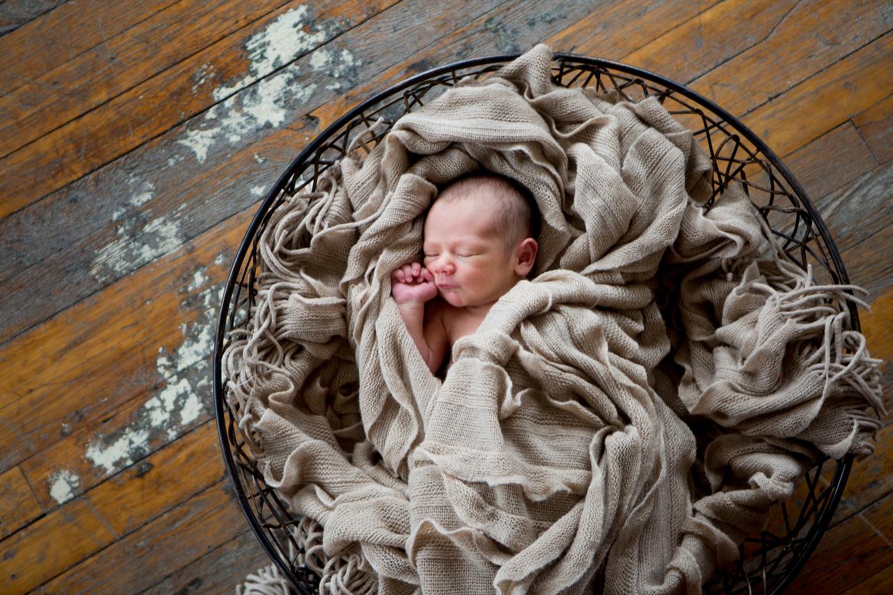 Newborn Shoot009